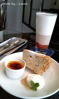 カフェ ニジョウヒピン◇シフォンケーキとさつまいものブリュレ