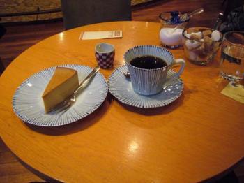 080223_horiguchi-cake.jpg