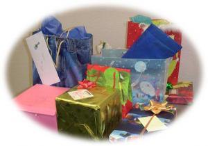 gifts06chirstmas.jpg