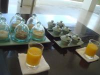 ウェルカムドリンク。凄く濃厚で美味しいマンゴージュース!これが美味しい♪ホテル内スパは宿泊者以外も利用できます。