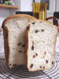 レーズンライ麦パン