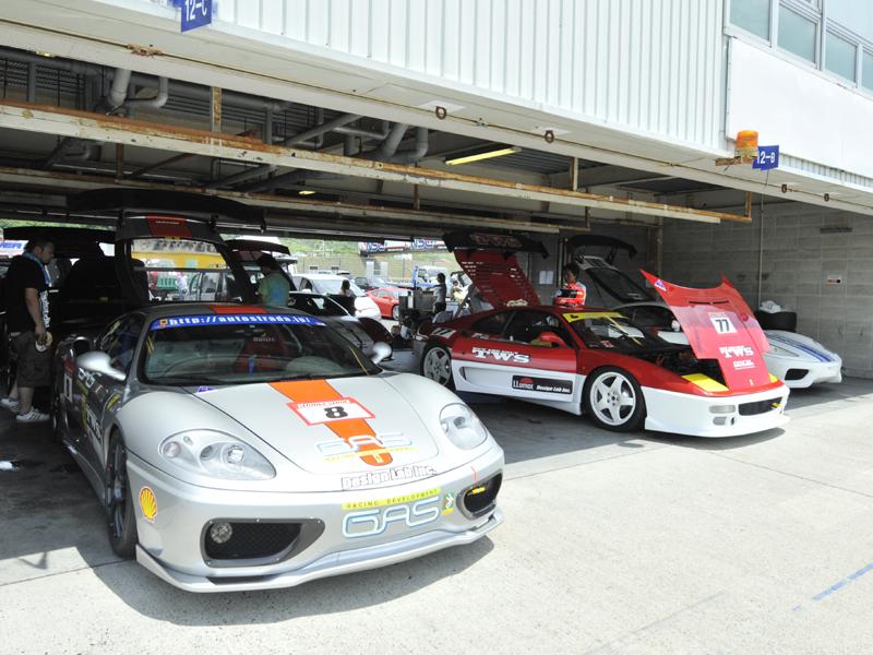 05レースフェラーリー02