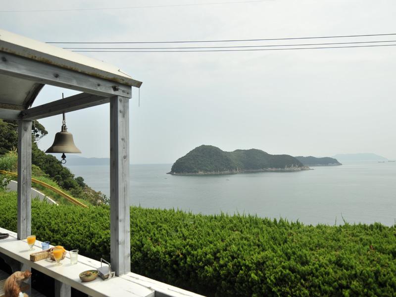 04目の前は瀬戸内海04