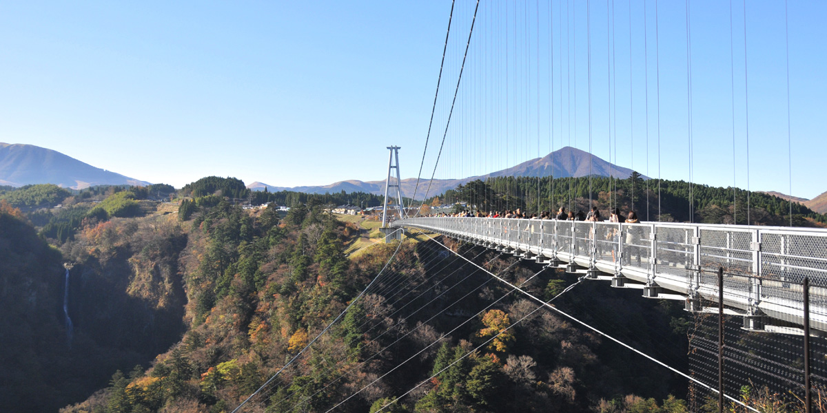 09九重夢吊り橋05