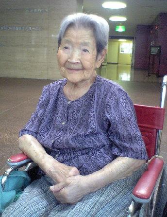 100才のおばあちゃん