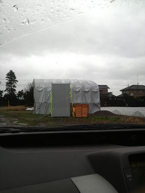 テントの危機3