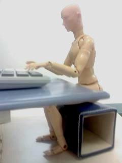 パソコンを陽力で使う。