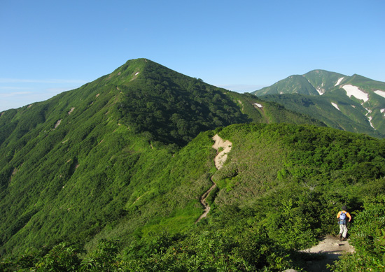 小朝日岳と大朝日岳