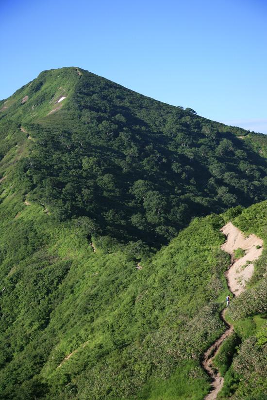 小朝日岳へ