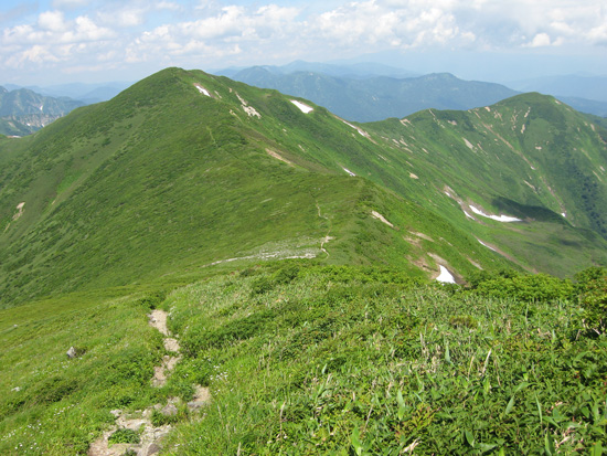 竜門山とユーフン山
