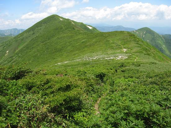 竜門山への銃走路