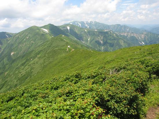 寒江山と周辺の山