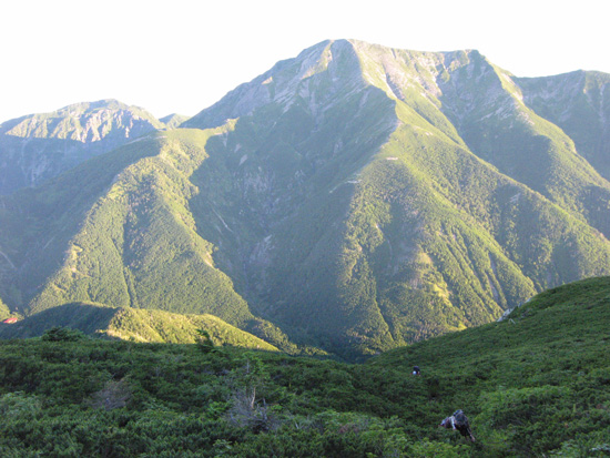 近づく聖岳