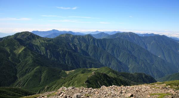 上河内岳から光岳
