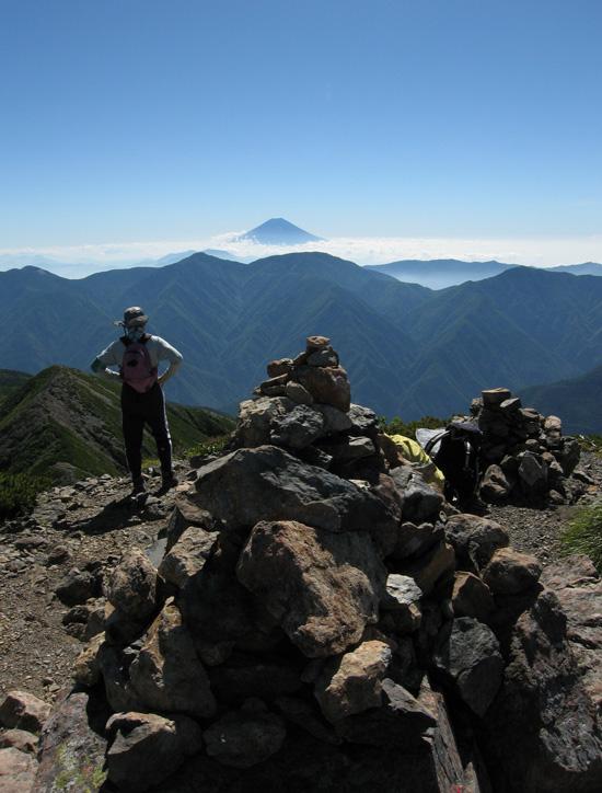 奥聖岳の山頂