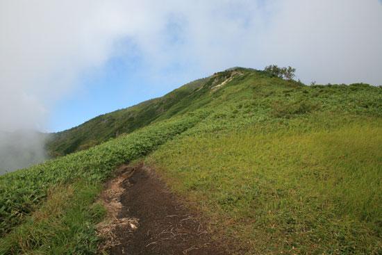 山が近づく