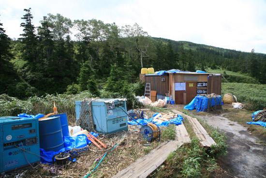 工事用の小屋