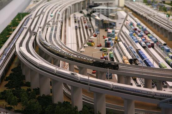 模型の電車