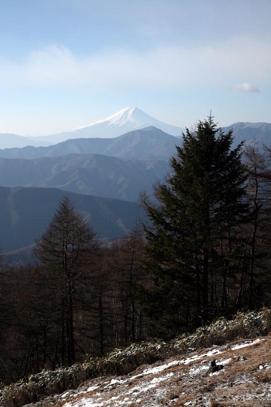 七ツ石山から見た富士山.