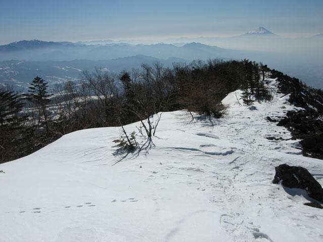 振り返ると富士山