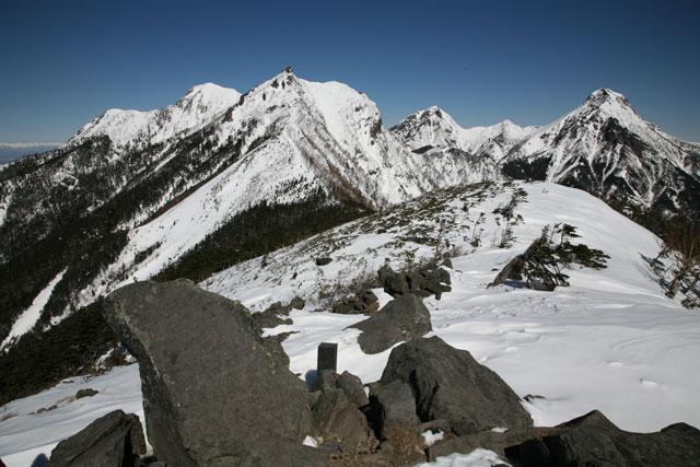 三ツ頭から見た権現岳