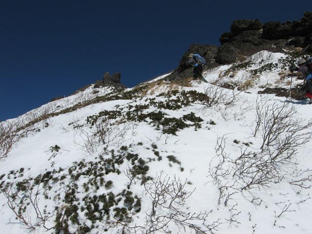 見えてきた山頂