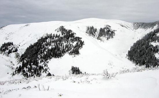 ニセ巻機山から見る巻機山