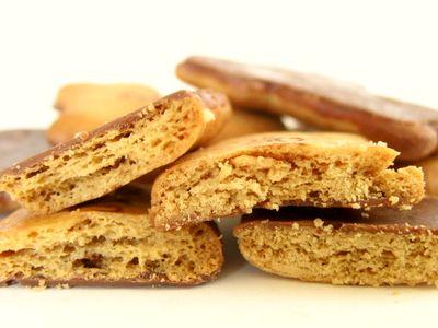 ギンビス--たべっ子どうぶつ メープル&チョコ。