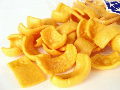 中村製菓--チーズあられ。