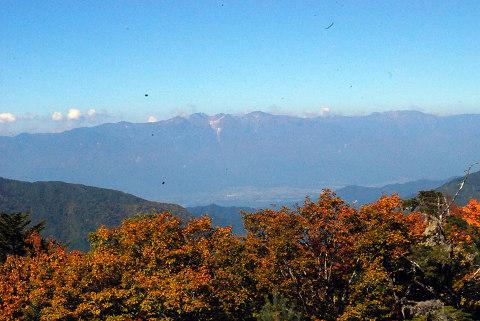 木曽山脈の遠景