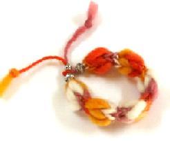 リリアン編みブレスレット