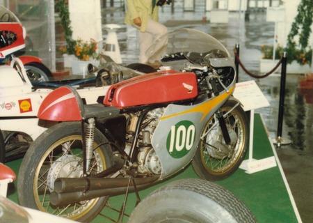 RC162(1961年)