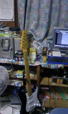 愛器ギター
