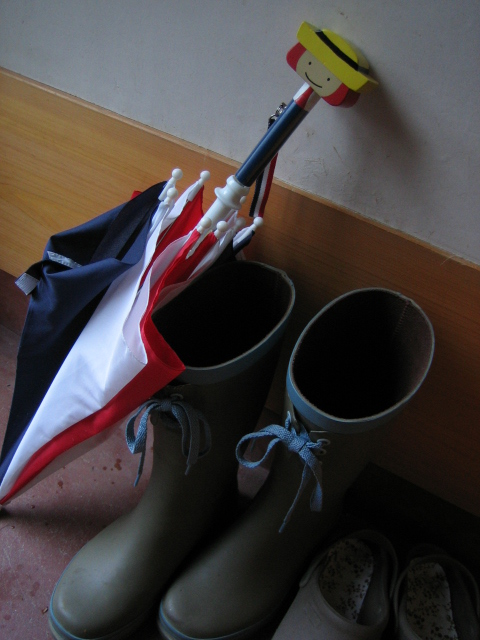 ワタシの長靴とムスメの雨傘