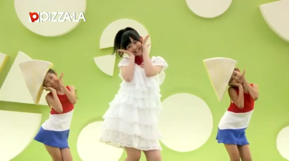 愛理ちゃんのカマンダンス02