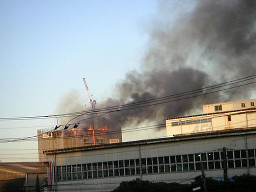 建設中ビル火事