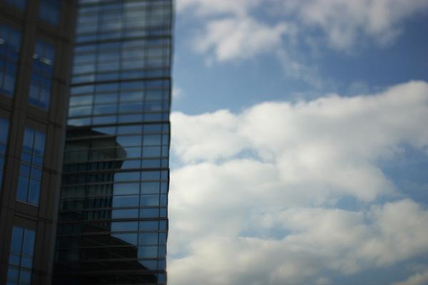 目では見えない雲