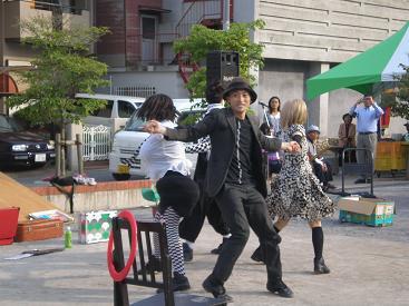 hitachi47.jpg