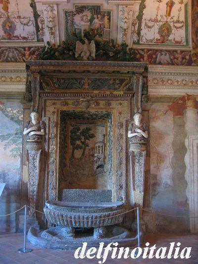 部屋の中の噴水