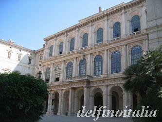 国立古典絵画館