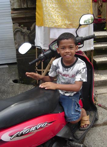 bari2006-boy01.jpg