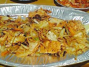 キムチと鮭の野菜炒め