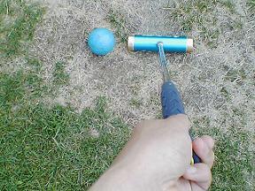 マレットゴルフの球とクラブ