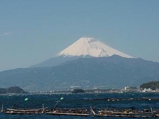 あわしまマリンパークからの富士山