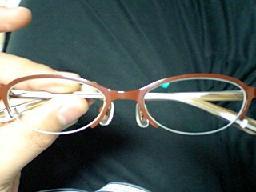 おにゅうのメガネ