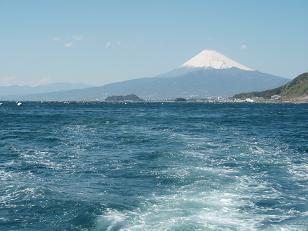 連絡船からの富士山