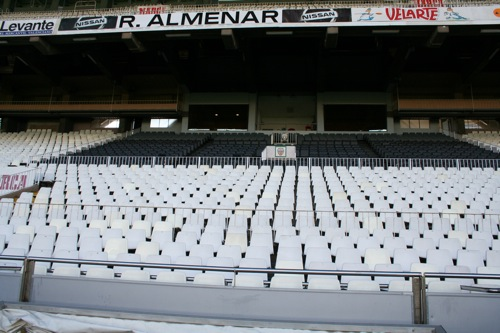 20090507Mestalla_Pitch1.jpg