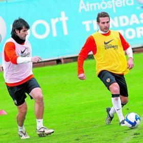 Albelda_Baraja_pareja_talisman_Atletico.jpg