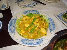 鶏肉のレモングラス炒め