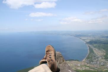 九州 2009GW 開聞岳にて海を眺む